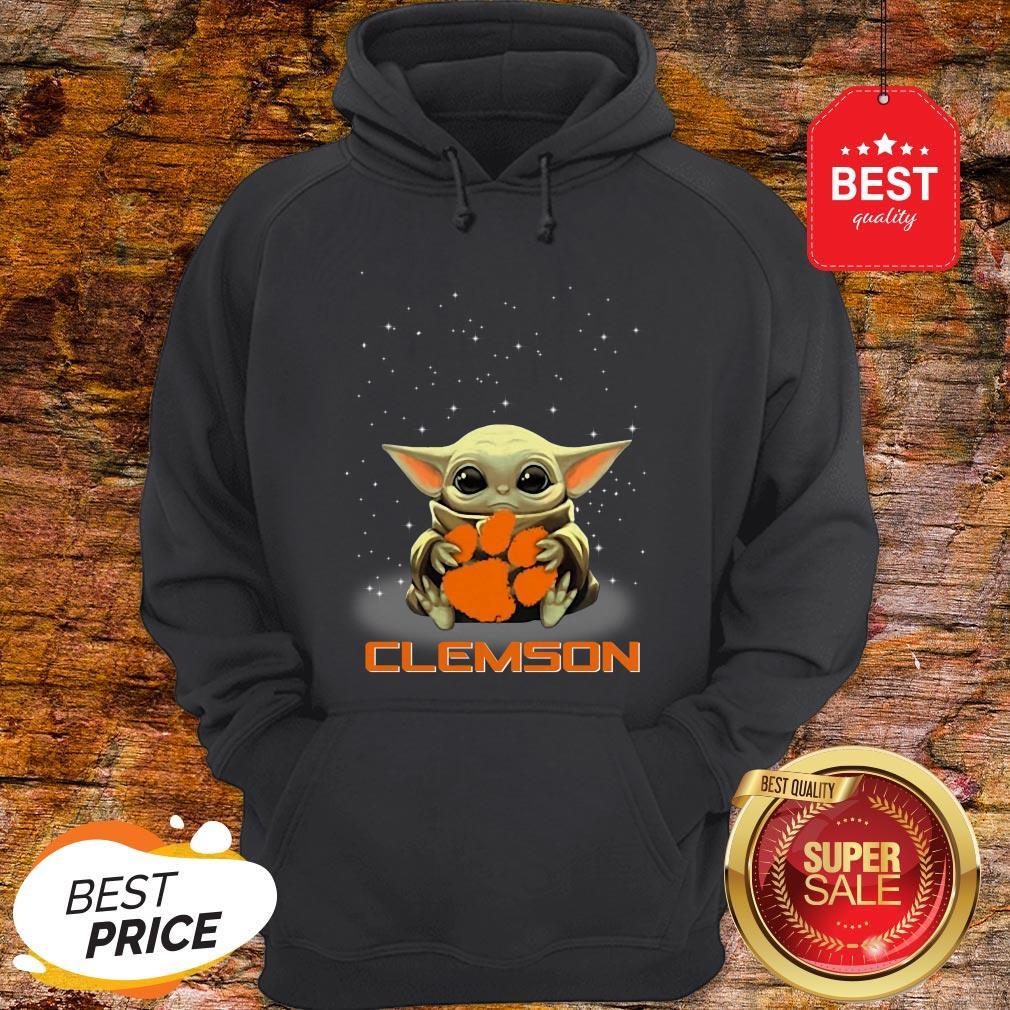 Official The Star Wars Baby Yoda Hug Clemson Tigers Hoodie