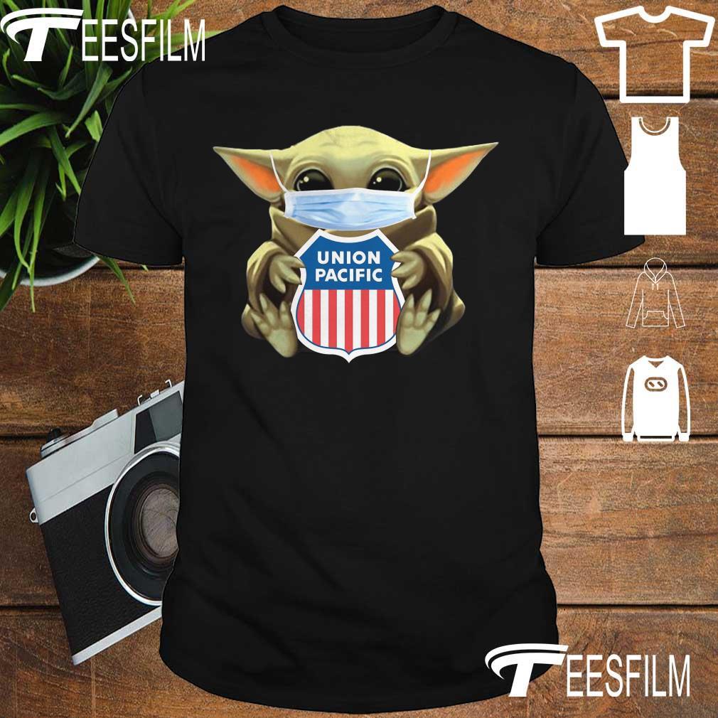 Baby Yoda face mask hug Union Pacific Railroad shirt